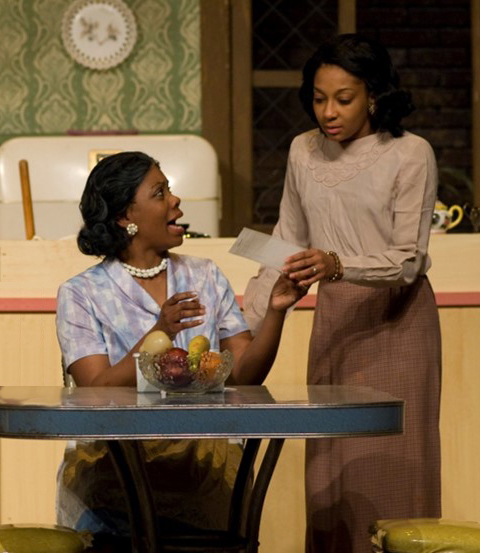 Weathervane Playhouse's 'A Raisin in the Sun' (L-R) Keeya Chapman-Langford (Lena Younger) and Tamicka Scruggs (Ruth Younger)