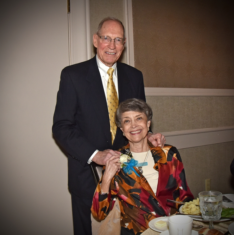 Judy Read, and her husband, Roger, received the H. Peter Burg Community Leadership Award from the American Red Cross of Summit and Portage Counties in 2008. (Photo: Bruce Ford)